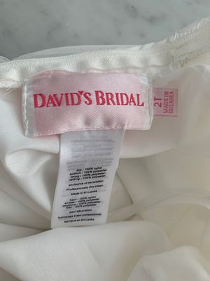 David's Bridal Flower Girl dress for Sale in San Francisco, CA