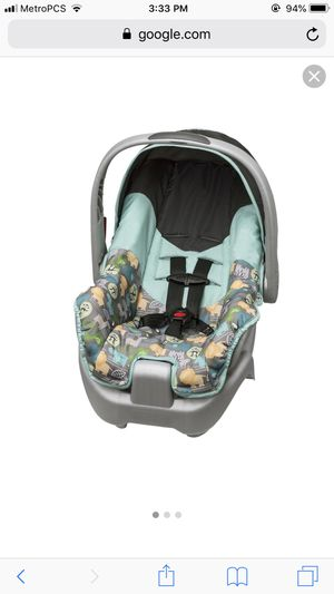Evenflo Car Seat With Base for Sale in Austin, TX