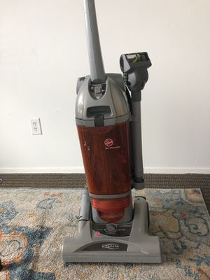Hoover EmPower Vacuum for Sale in Seattle, WA