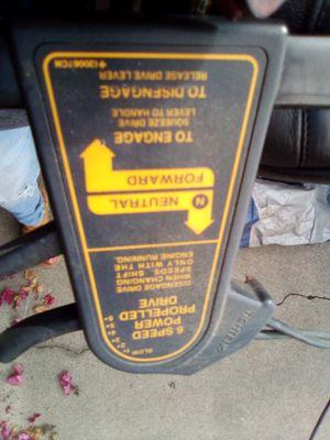 Lawn mower for Sale in Bellflower, CA