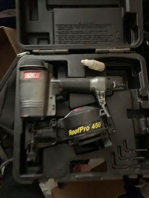 Roof pro 450 nail gun for Sale in El Monte, CA