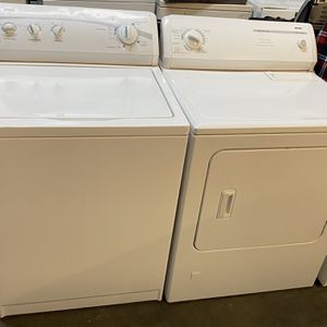 Washer And Dryer Gas Kenmore for Sale in Long Beach, CA