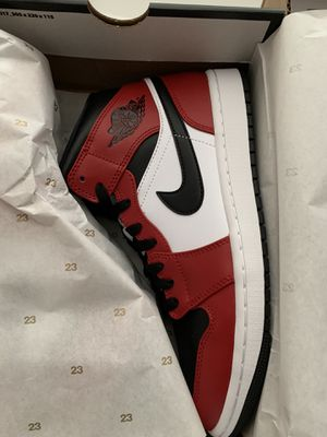 Jordan 1 Mid Black Toe for Sale in Silverado, CA
