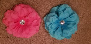 2 flower hairclips for Sale in Feasterville-Trevose, PA