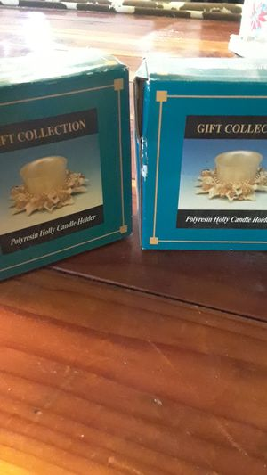 Polyresin Holly Candle Holders for Sale in Stockton, CA