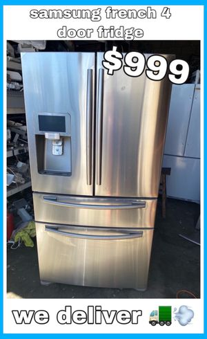 SAMSUNG STAINLESS FRENCH 4 DOOR FRIDGE for Sale in Santa Ana, CA