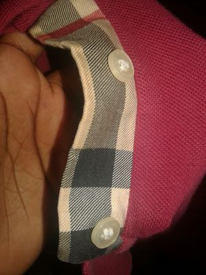 Burberry shirt for Sale in Obetz, OH