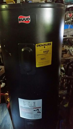 Water heater like new 4 months warranty for Sale in Lincolnia, VA