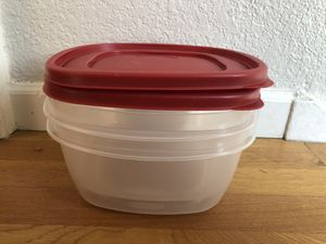 Rubbermaid 14 Cup Food Storage Container with Easy Find Lid for Sale in Denver, CO