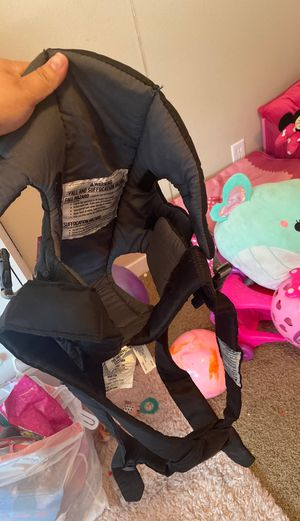 Infantino baby carrier for Sale in Hillsboro, OR