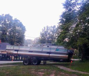 1992 Starcraft 24ft pontoon NO TRAILER for Sale in Winder, GA