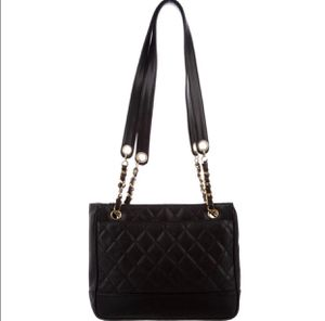 Authentic Chanel Vintage Gold Black Lambskin Leather Shoulder Bag for Sale in National City, CA