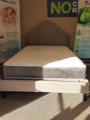 Queen size Victorian bed w/mattress and FREE DELIVERY for Sale in Irving, TX