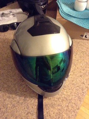 Motorcycle helmet lg for Sale in Chicago, IL