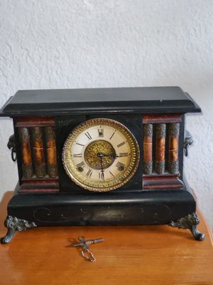Antique Clock from 19 0 7 for Sale in Miami, FL