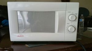 Sunbeam microwave for Sale in Takoma Park, MD