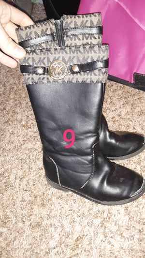 Littlw girls MK boots for Sale in Spanaway, WA