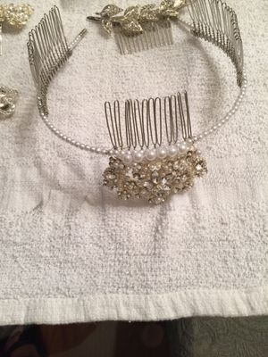 Jewelry Different price for Sale in North Olmsted, OH