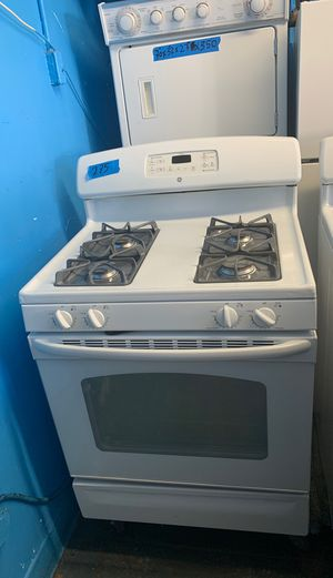 Stove 30 inches General Electric for Sale in Los Angeles, CA
