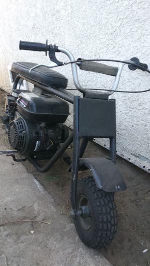 Minibike all original but the motor .. Put bigger gx200 honda black edition for Sale in Bell Gardens, CA