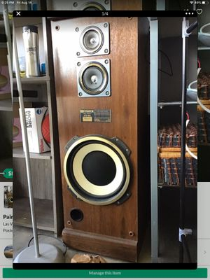 Fisher Speakers Studio Standerd STV-763 for Sale in Las Vegas, NV