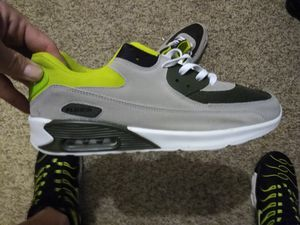 Mens size 11 skateboard shoes for Sale in Hemlock, MI
