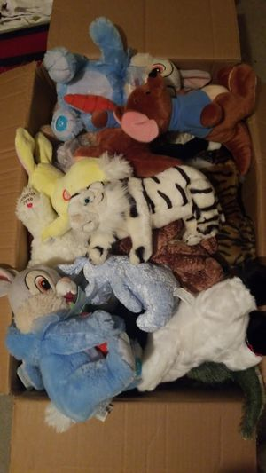 Stuffed animals (31 pcs) for Sale in White House, TN