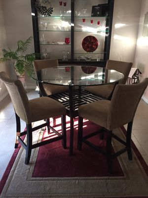 5 pc dining table for Sale in Central Point, OR
