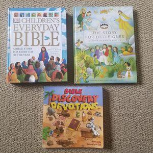 Set 3 Kid Bible Study Books . for Sale in Renton, WA