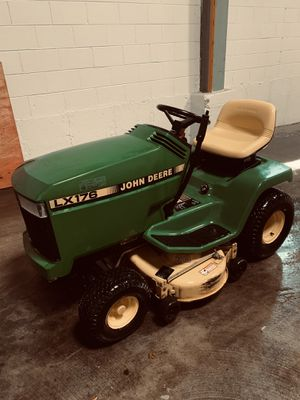 John Deere LX176 Lawn Tractor for Sale in Bloomingdale, IL