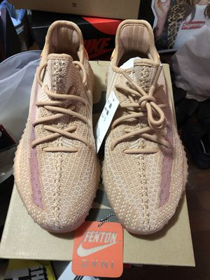 Adidas Yeezy 350 Clay for Sale in Bellflower, CA