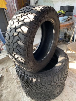 Tires 33x12.50r20 for Sale in Paramount, CA