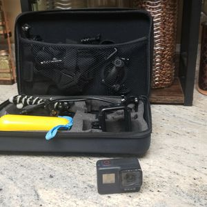 GoPro Hero 7 Black Bundle for Sale in Dunedin, FL
