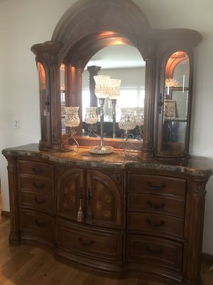 AICO MICHAEL AMINI BEDROOM SET KING OR CAL KING WITH MARBLE TOPS for Sale in Irwindale, CA