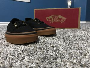 New Vans for Men size 6 and Woman size 7.5 for Sale in Star, ID