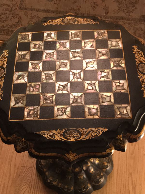 Beautiful Victorian papier-mâché in-laid mother of pearl game table