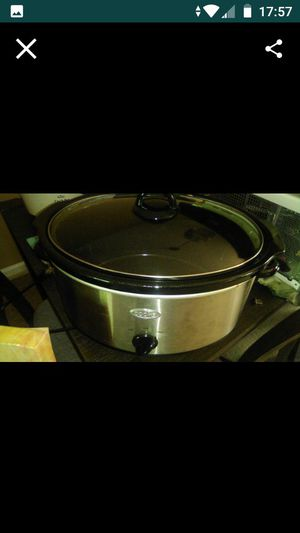 COOKS stainless crock pot for Sale in Raleigh, NC