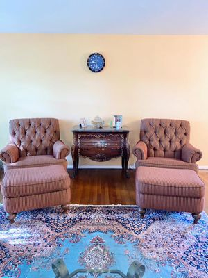 Beautiful chair from ETHNAN ALLEN for Sale in ENGLEWD CLFS, NJ