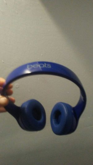 Beats Solo 3 headphones for Sale in Hollywood, FL