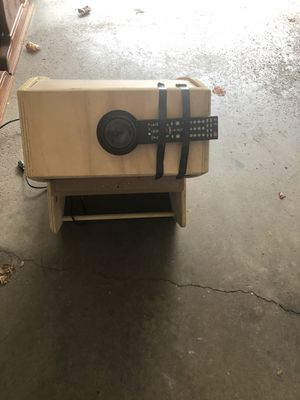 Movie projector for Sale in Wadsworth, OH