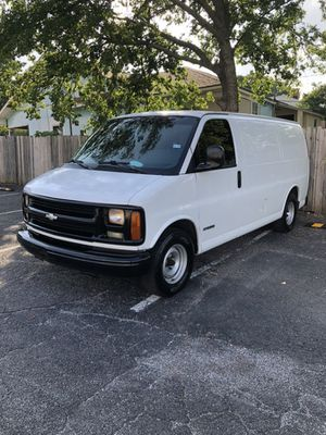2002 Chevy express for Sale in Dallas, TX