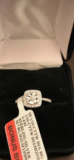 Diamond Square Ring. Earrings And Necklace Matching Set for Sale in Stockton,  CA
