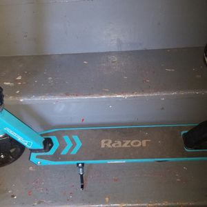 Razor Power A200 Scooter for Sale in Chelmsford, MA