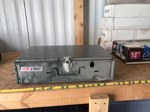 Colman unleaded stove like new condition for Sale in Payson, AZ