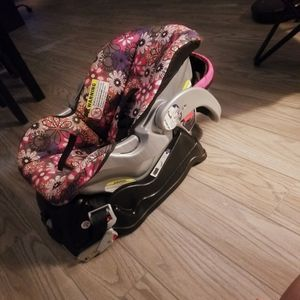 Like New Infant Carseat/carrier for Sale in Fort Lauderdale, FL