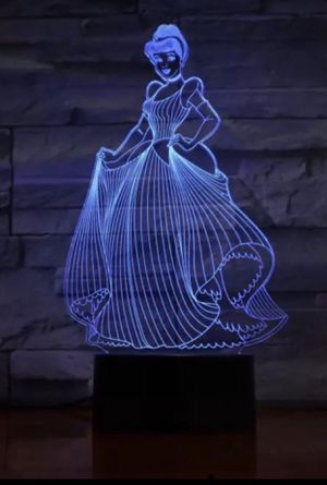 GIRLS DISNEY's CINDERELLA 3D LED COLOR CHANGING NIGHT LIGHT TABLE LAMP DECOR GIFT 🎁 for Sale in Macomb, MI