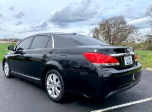 *Toyota* *Avalon* 2O11 3.5L V6 1OWNER LEATHER for Sale in North Ridgeville, OH
