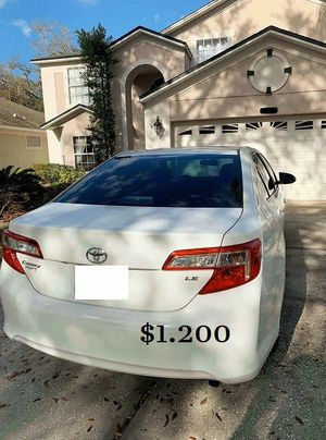 Super 2013 Toyota Camry AWDWheels Automatic. for Sale in Oakland, CA