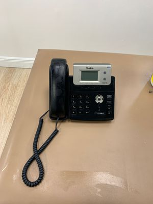 Office Telephone Yealink T21P E2 for Sale in Miami, FL