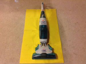 HOOVER FLOORMATE Vacuum - hard-floor cleaner: VACUUMS, WASHES, DRIES - EXCELLENT CONDITION for Sale in Metuchen, NJ